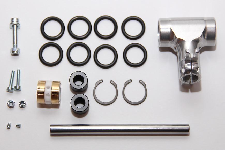 Henseleit TDF - Rotorkopf : Rotorkopfzentralstück mit verstellbarer Rotorkopfdämpfung